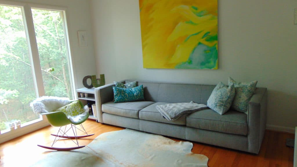 Tips to re-decorate your living room