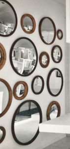 Best tips how to decorate with mirrors