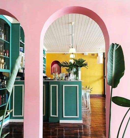 Pink Walls in combination with green