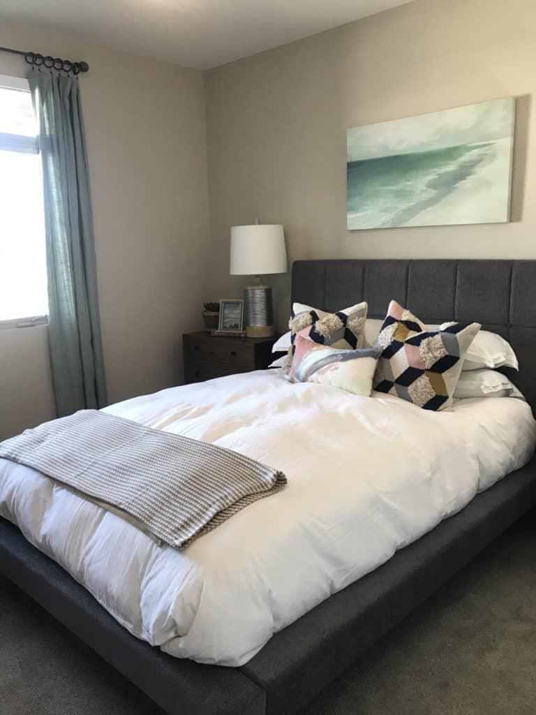 Neutral bedroom walls