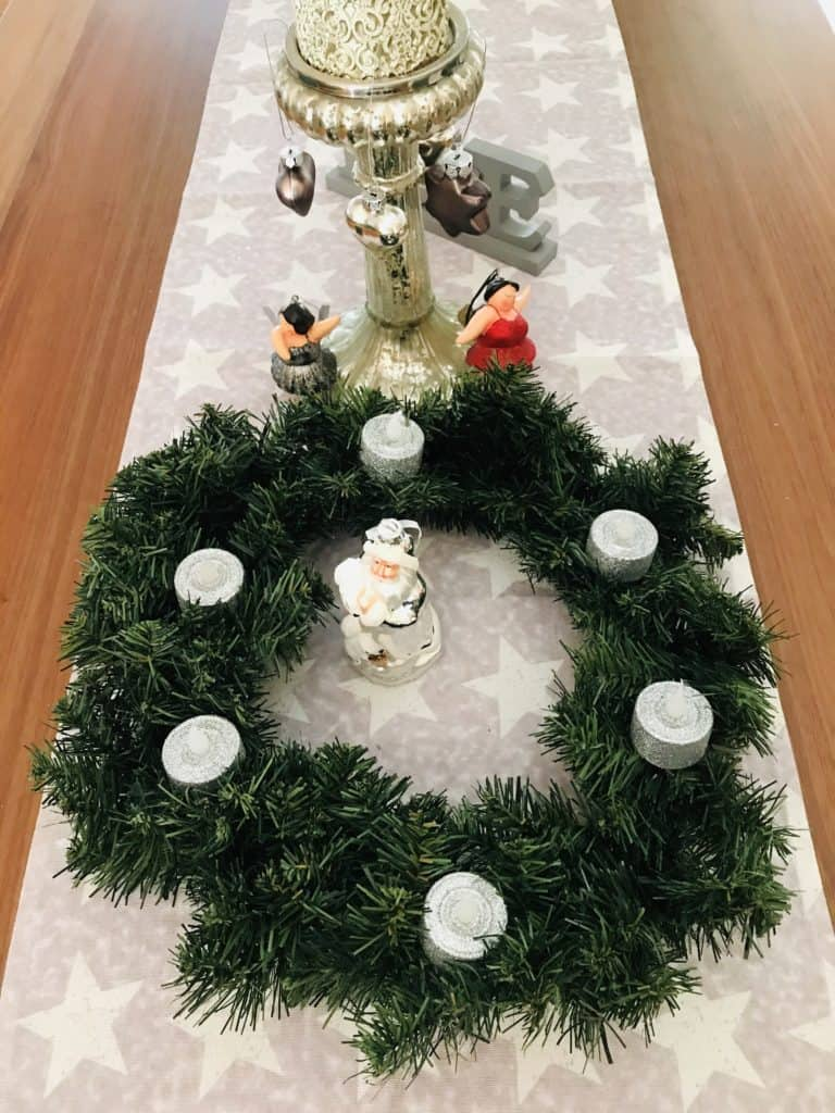 easy to make Christmas decorations for your RV